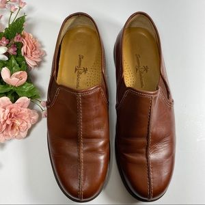 Tommy Bahama Brown GENUINE Leather Shoes